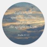 La luz del ~ del 97:11 del salmo se vierte sobre pegatina redonda
