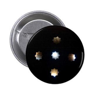 La luz del sol protagoniza el botón pin redondo de 2 pulgadas
