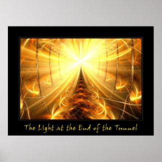La luz en el extremo del túnel póster