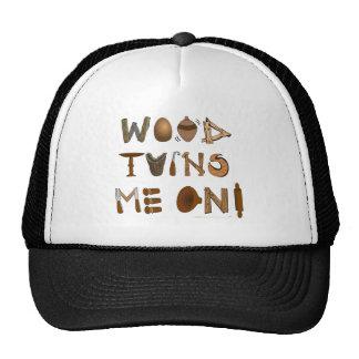 La madera me da vuelta en las herramientas y los p gorras