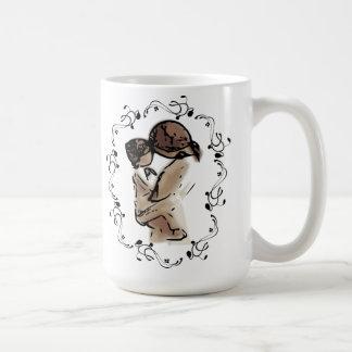 La madre celebra el día de madre del corazón del n tazas de café