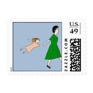 La madre está en un sello de la prisa