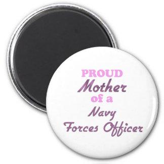 La madre orgullosa de una marina de guerra fuerza imanes para frigoríficos