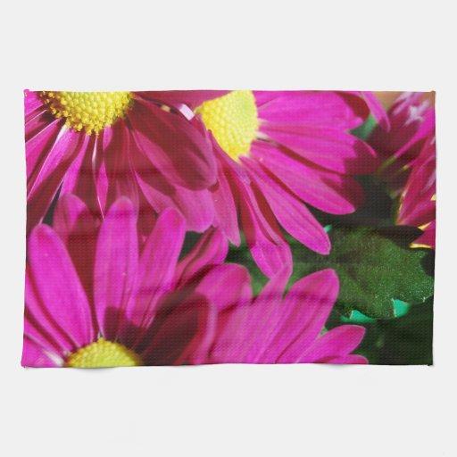 La magenta florece la frecuencia intermedia toallas