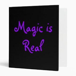 La magia es carpeta Real-Avery