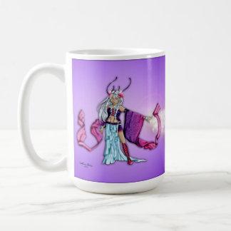 La magia es todo alrededor de usted taza