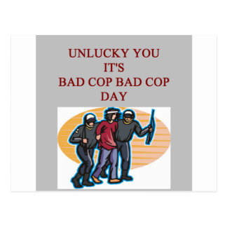 la mala policía del poli del buen poli bromea postal