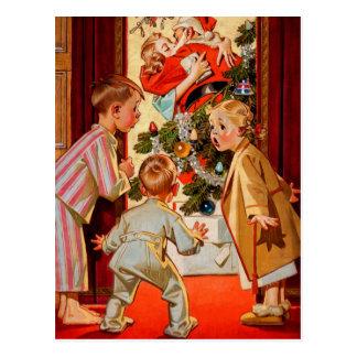 La mamá besa a Papá Noel Postal