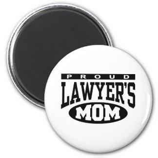 La mamá del abogado orgulloso imán redondo 5 cm