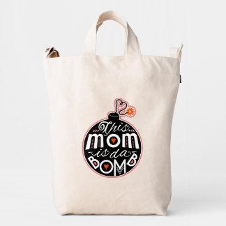 La mamá linda DA bombardea a la madre fresca de la Bolsa De Lona Duck
