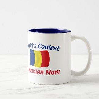 La mamá rumana más fresca taza de café de dos colores