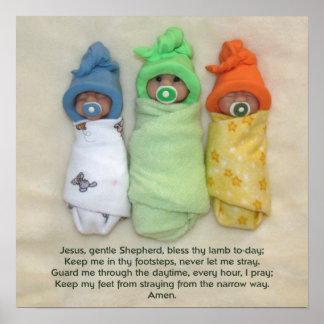 La mañana de oración de los niños, tres bebés de l póster