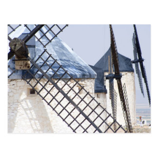 La Mancha, España. Don Quijote inclinado famoso en Postal