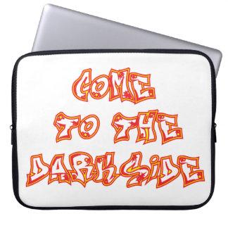 La manga 2 del ordenador portátil de DarkSide Mangas Portátiles