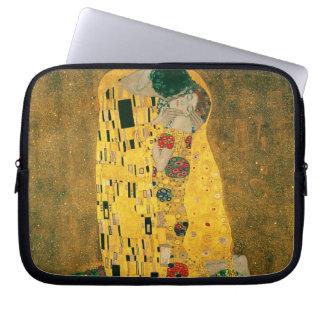 La manga del ordenador portátil del beso (Klimt) Funda Ordendadores
