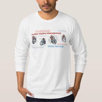 La manga larga T del corazón de CRM Camisas