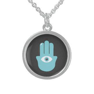 la mano del ojo grímpola