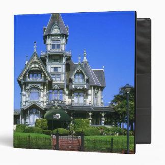 "La mansión de Carson en Eureka, California Carpeta 1 1/2"""