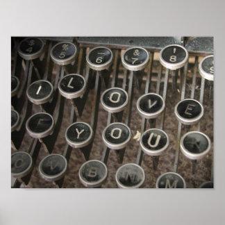 "La máquina de escribir cierra ""te amo "" posters"