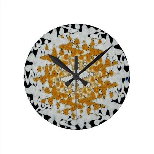 La margarita agita enero de 2013 reloj redondo mediano