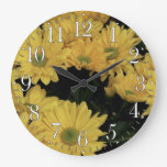 La margarita amarilla florece el reloj floral de l