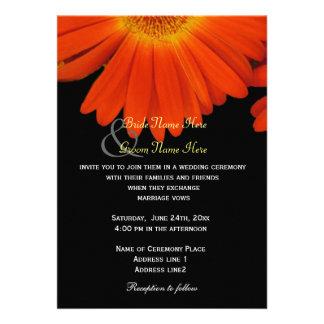 La margarita elegante del gerbera florece el boda anuncios personalizados