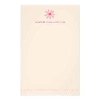 La margarita rosada personalizada embroma los efec papelería