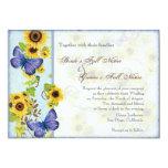 La mariposa azul del marco floral del remolino del invitación 12,7 x 17,8 cm