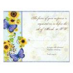 La mariposa azul del marco floral del remolino del invitación 10,8 x 13,9 cm