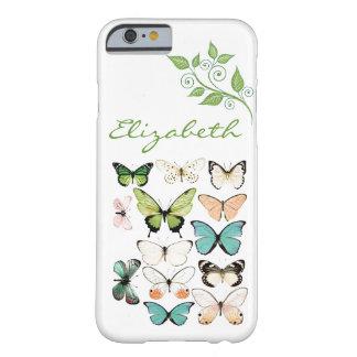 La mariposa besa la caja del teléfono del iPhone 6 Funda De iPhone 6 Barely There