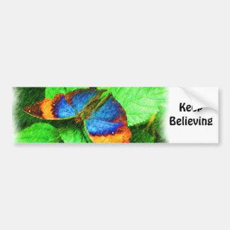 La mariposa cree a la pegatina para el parachoques pegatina para auto