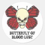 La mariposa enojada de la lujuria de la sangre etiquetas redondas