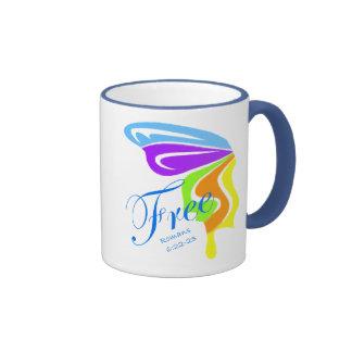 La mariposa libera taza de café