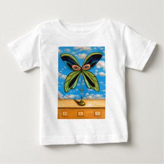 La mariposa más grande playera de bebé