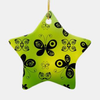 La mariposa negra besa diseño gráfico del ángel adorno de cerámica en forma de estrella
