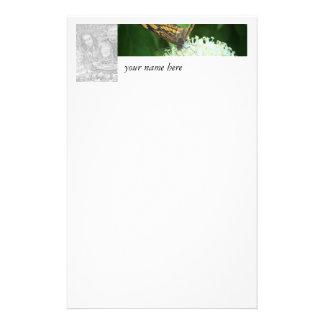 La mariposa personaliza con nombre y la foto papeleria de diseño