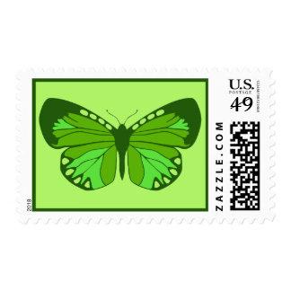 La mariposa pone verde el sello