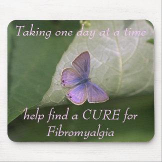 la mariposa púrpura, tardando un día a la vez ayud tapetes de ratón