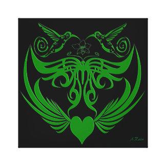 La mariposa se va volando verde de la flor del lona envuelta para galerías