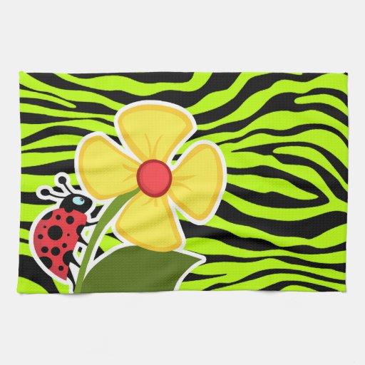 La mariquita en cebra chartreuse raya el estampado toallas de cocina