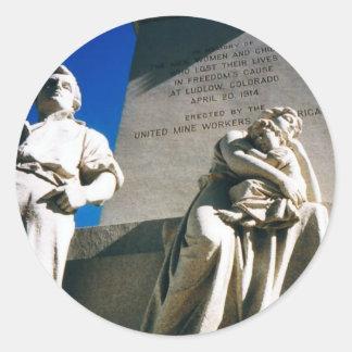 La masacre histórica de Ludlow del 20 de abril de Pegatina Redonda