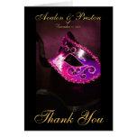 La máscara rosada de Masqurade le agradece tarjeta