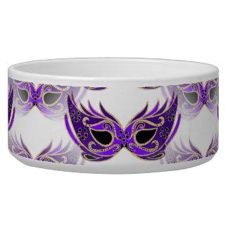 La mascarada púrpura bonita enmascara carnaval comedero para mascota
