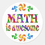 La matemáticas es impresionante pegatina redonda