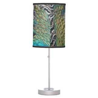 La mayoría de las plumas preciosas del pavo real lámpara de mesilla de noche