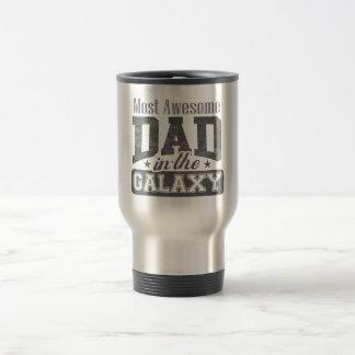 La mayoría del papá impresionante en la galaxia taza de viaje de acero inoxidable