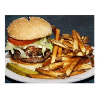 la media hamburguesa doble grande de la libra fríe postal