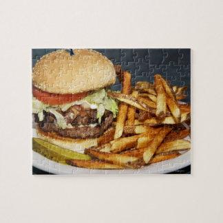 la media hamburguesa doble grande de la libra fríe puzzles