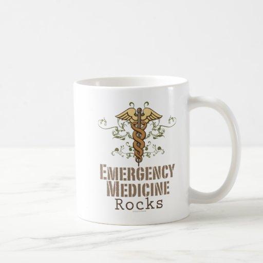 La medicina de la emergencia oscila la taza