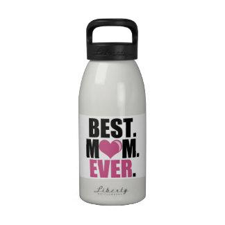 La mejor botella de agua rosada de la mamá nunca